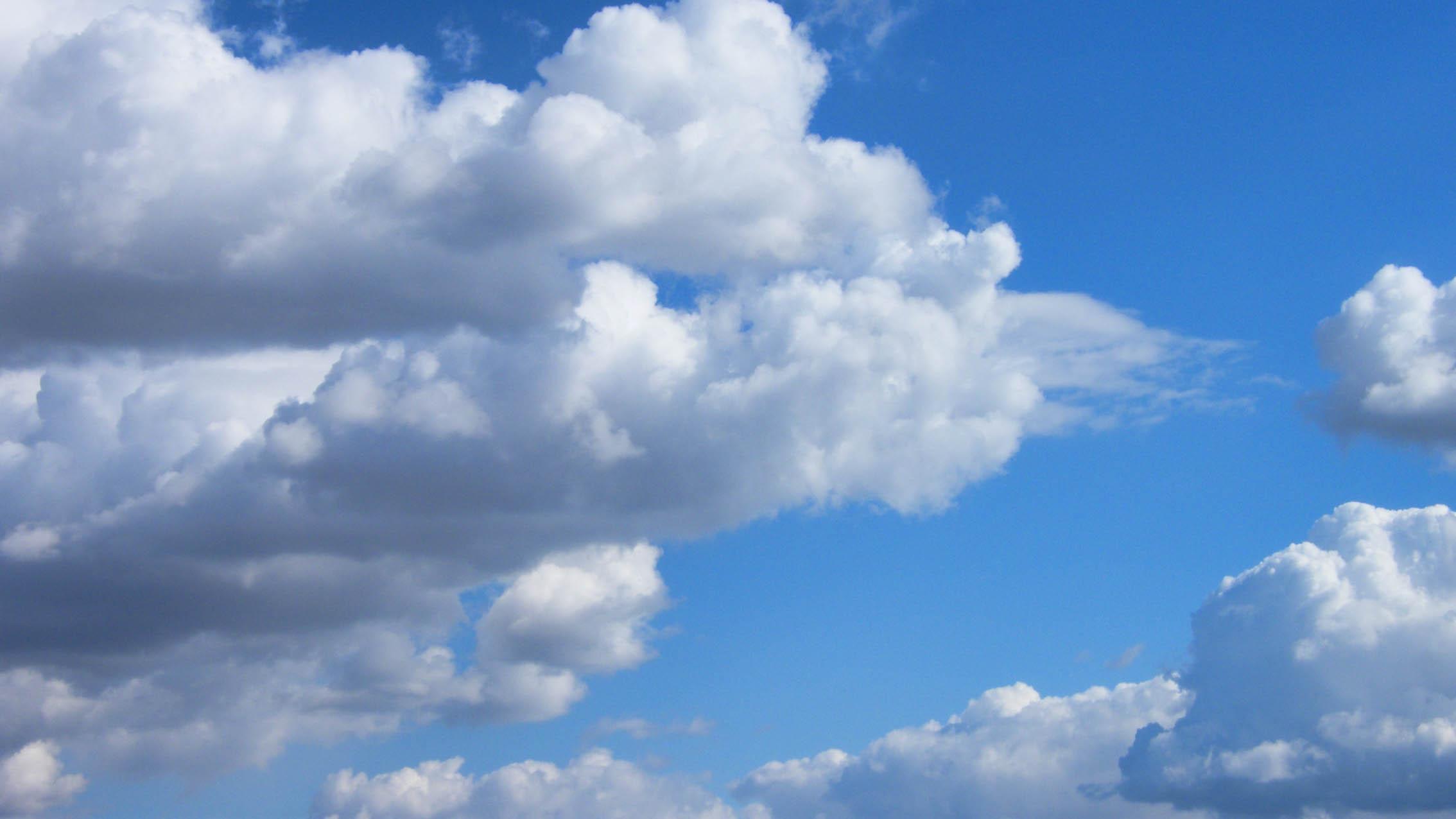 Изнад облака………….